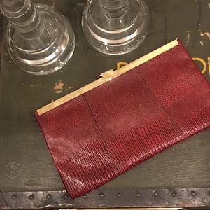 FREE w/ Another Item VTG Clutch